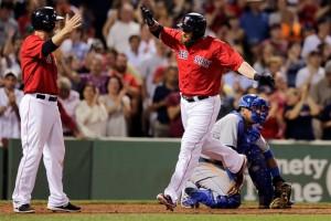 Johnny Gomes anotou um home run na vitória do Boston Red Sox sobre o Kansas City Royals
