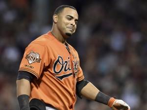 Nelson Cruz fez de tudo na vitória de Baltimore sobre Boston. Faltou uma rebatida tripla.
