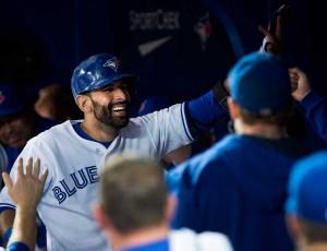 Jose Bautista bateu um home run na vitória dos Blue Jays sobre os Red Sox (Foto: AP)
