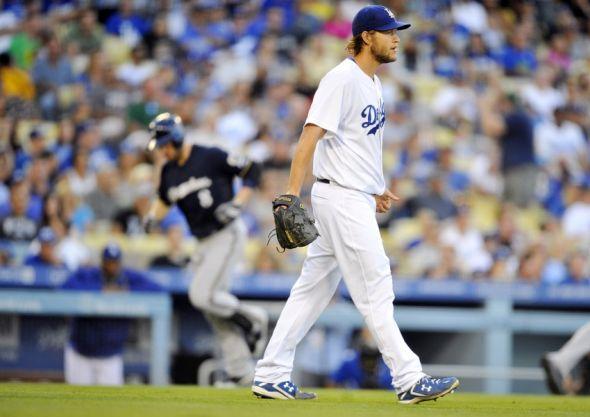 Clayton Kershaw permitiu dois home runs pela primeira vez na temporada 2014 (Foto: USA Today Sports)