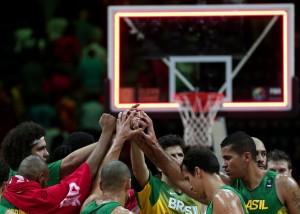 Brasil se despede do 17° Mundial de basquete, ao perder para a Sérvia. (Foto: Divulgação FIBA)