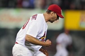Adam Wainwright brilhou na vitória do St. Louis Cardinals sobre o MIlwaukee Brewers (Foto: USA Today Sports)