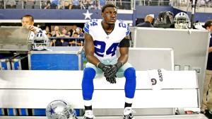 Morris Clairbone desapareceu das instalações dos Cowboys depois de saber que seria reserva (Foto: AP Photo/James D. Smith)