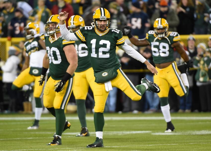 No passinho do Aaron Rodgers, os Packers destruíram os Bears (USA Today)
