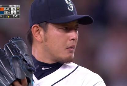 Dodgers cancelam contrato de Iwakuma - The Playoffs