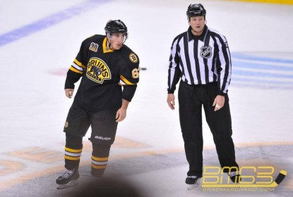 """Brad Marchand recebe prêmio de melhor e pior """"provocador"""" da NHL - The Playoffs"""