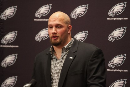 Lane Johnson é suspenso por 10 partidas - The Playoffs
