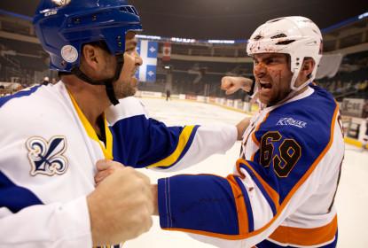 """John Scott e o """"jogo sujo"""" preservado pela NHL. Vale a pena continuar? - The Playoffs"""