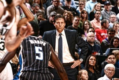 NBA admite erro de arbitragem em jogada crucial de partida entre Rockets e Jazz - The Playoffs