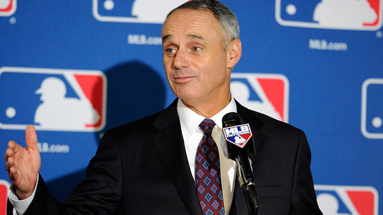 MLB propõe mudanças para zona de strike e walk intencional