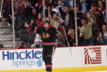 Após seis anos Andrew Ladd volta aos Blackhawks - The Playoffs
