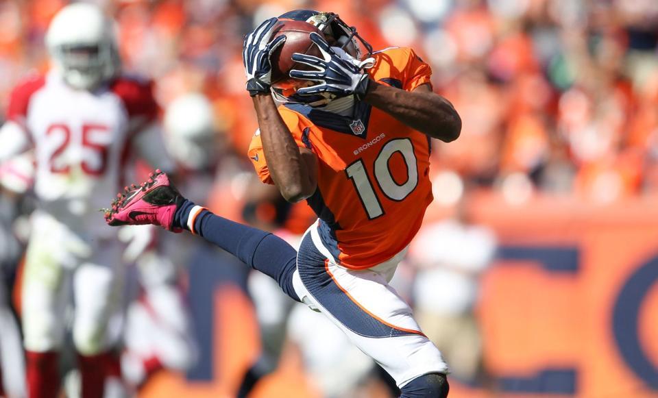 Denver Broncos renova por mais 3 anos com Emmanuel Sanders