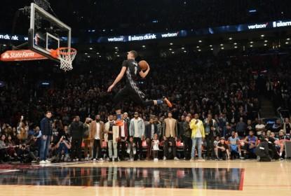 Zach LaVine está de fora do resto da temporada regular da NBA - The Playoffs