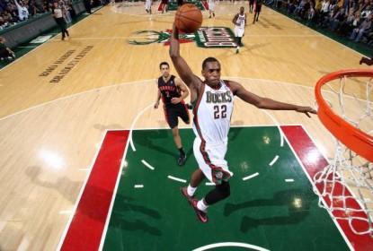 Em casa, Milwaukee Bucks vence Washington Wizards - The Playoffs