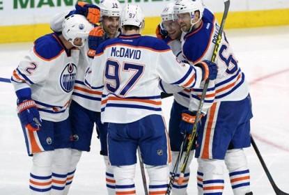 No clássico canadense, Oilers goleiam Senators por 7 a 2 - The Playoffs