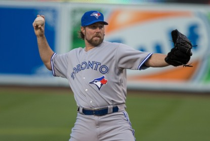 R.A. Dickey assina contrato de 1 ano com Atlanta Braves - The Playoffs