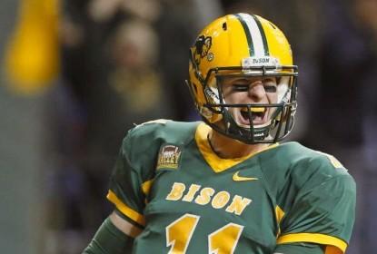 Carson Wentz é a esperança da Dakota do Norte na NFL - The Playoffs