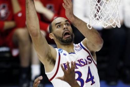 Kansas evita surpresa e atropela na estreia do March Madness - The Playoffs