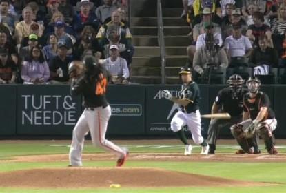Johnny Cueto fica com hematoma após ser atingido na cabeça - The Playoffs