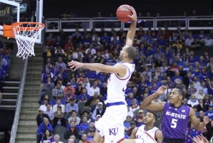 Kansas vence e caminha a passos largos rumo ao título da Big 12 - The Playoffs