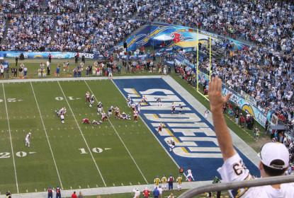 Chargers analisam propostas pela terceira escolha do Draft - The Playoffs