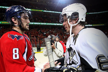 Numa virada espetacular, Washington Capitals vence Pittsburgh Penguins por 3 a 2 - The Playoffs