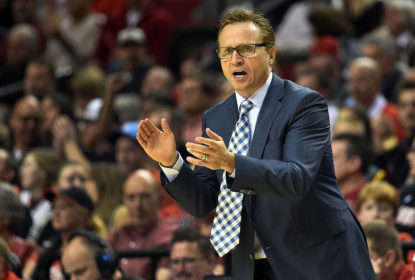 Scott Brooks diz que Rockets de 94 poderiam superar Bulls de Jordan - The Playoffs