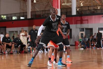 Conheça Thon Maker, atleta que pode deixar o High School direto para a NBA - The Playoffs