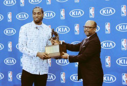Kawhi Leonard é eleito melhor defensor da NBA pelo segundo ano seguido - The Playoffs