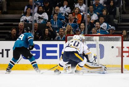 Sharks marcam 5 vezes no último período e vencem 1ª contra Predators - The Playoffs
