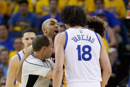 Anderson Varejão é alvo de críticas de Terry Stotts, técnico do Portland Trail Blazers - The Playoffs