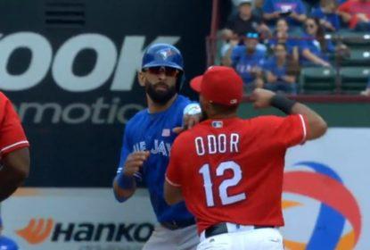Com direito a troca de socos, Rangers vencem Blue Jays no Texas - The Playoffs