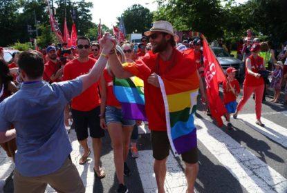 Braden Holtby representa Capitals em festival de orgulho LGBT - The Playoffs