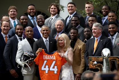Obama recebe campeões dos Broncos na Casa Branca - The Playoffs