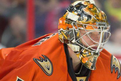 Andersen fecha contrato com os Leafs após troca com Ducks - The Playoffs