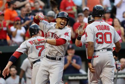 Mookie Betts rebate 3 home runs em terceira vitória seguida dos Red Sox - The Playoffs