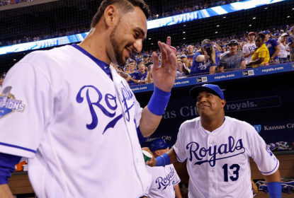 Royals dão show e atropelam Tigers em casa - The Playoffs