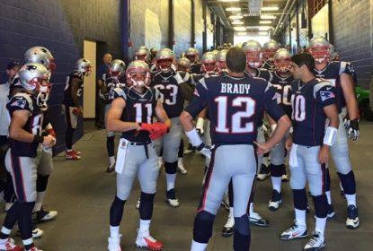 Gronkowski diz que Patriots têm muita confiança em Garoppolo - The Playoffs