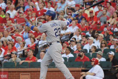Adrian Gonzalez bate grand Slam e lidera a vitória dos Dodgers sobre Cardinals - The Playoffs