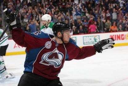 MacKinnon renova com Avalanche por mais sete anos - The Playoffs
