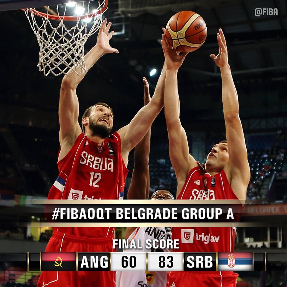 Bogdan Bogdanovic ganha rebote contra Angola