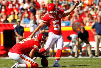 Cairo Santos decide, Chiefs batem Panthers e embalam a quinta vitória seguida - The Playoffs