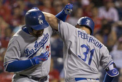 Com HRs de Adrian Gonzalez e Justin Turner, Dodgers seguem líderes da Divisão Oeste - The Playoffs