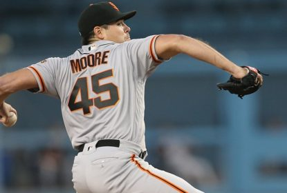 Em troca, Texas Rangers adquire arremessador Matt Moore - The Playoffs