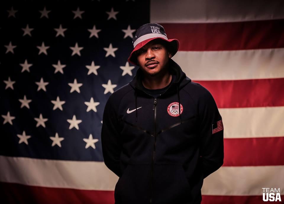 Carmelo Anthony em apresentação da seleção dos Estados Unidos