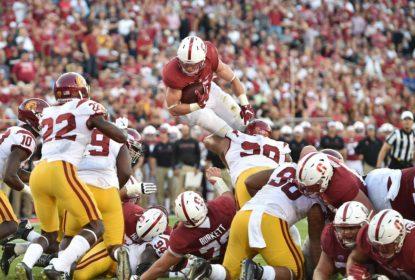 Com Christian McCaffrey decisivo, Stanford vence USC pela Pac-12 - The Playoffs