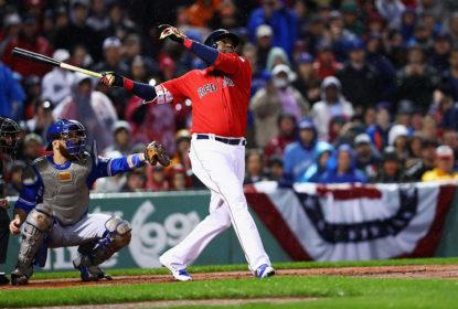 David Ortiz bate home run em jogo Red Sox e Blue Jays