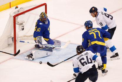 Suécia bate a Finlândia e fica perto de vaga nas semifinais da Copa de Hóquei - The Playoffs