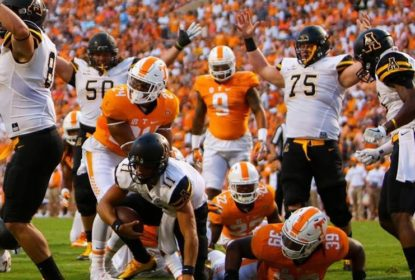 Tennessee Volunteers vence na abertura da temporada da NCAA