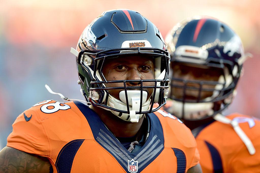 Von Miller brilhou em vitória do Denver Broncos sobre o Carolina Panthers